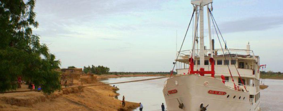 Bou El Mogdad, Crucero por el Rio Senegal,
